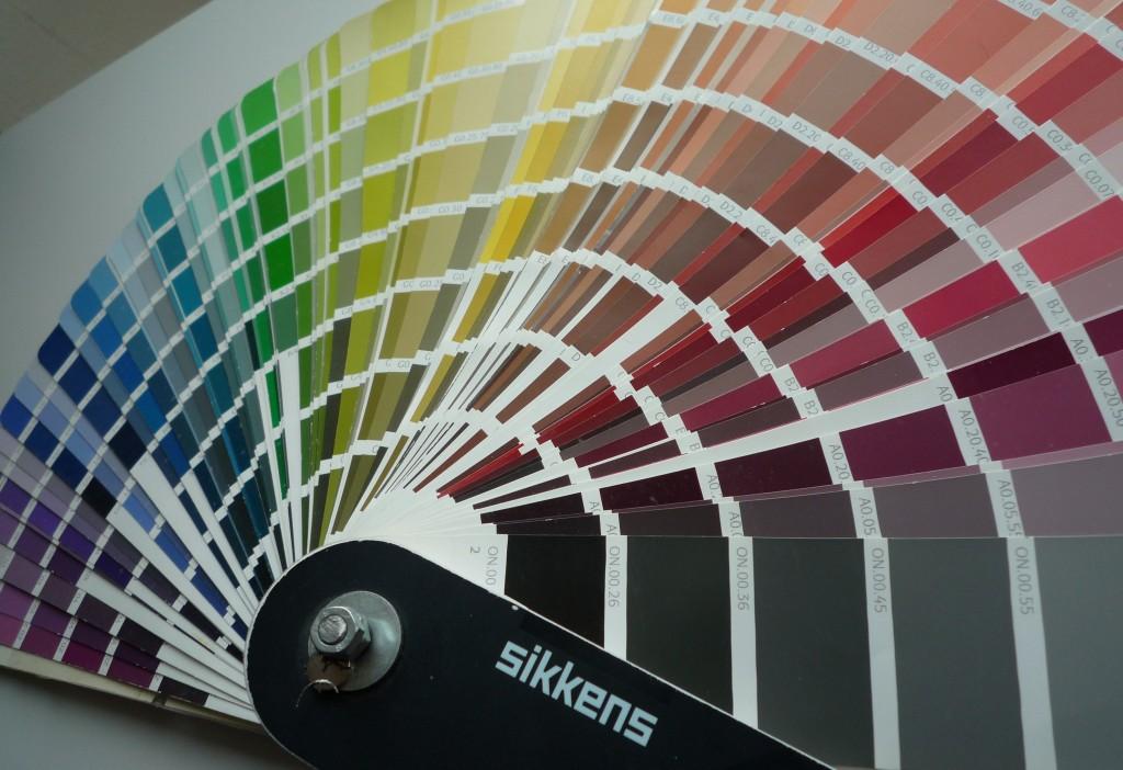Sikkensfächer - individuelle Farbauswahl für eine Lackfläche ist scheinbar unerschöpflich