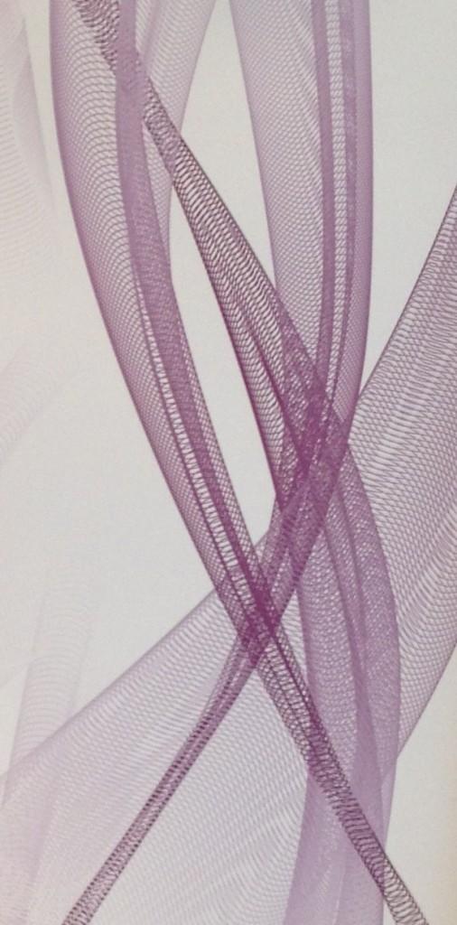 """Muster Tapete auf Maß skaliert mit Schutzlackierung, Design: Lars Contzen """"flowing grid"""" Fb. plum"""