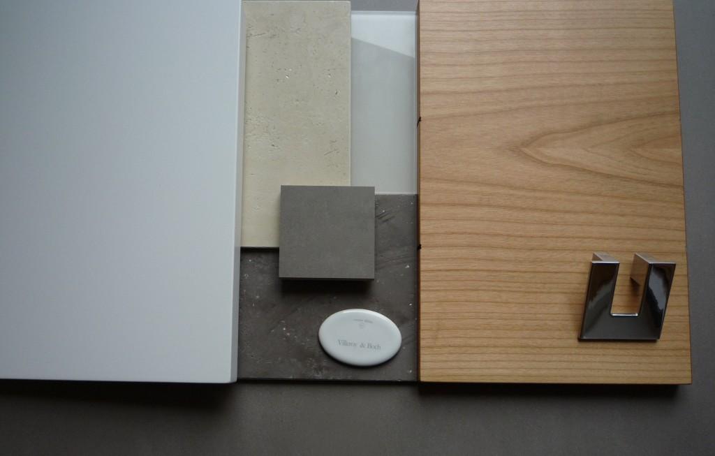 Materialcollage - Kischholz, MDF Lack weiß, Volimea Wandputz, lackiertes Glas, Mosa Bodenfliese, chrom Griff, Keramik Waschtisch